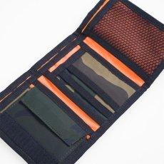 画像6: Carhartt WIP(カーハート ワークインプログレス) Ashtone Wallet Camo Black Woodland Olive Green Orange ブラック カモ 迷彩 折りたたみ 財布 コインポケット カードケース ミリタリーラベル ナイロン 財布 (6)