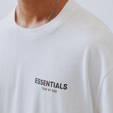 画像6: FOG Fear Of God ( エフオージー フィア オブ ゴッド ) Essentials Boxy Photo Series S/S logo Tee Short Sleeve T-Shirts Tシャツ エッセンシャルズ  (6)