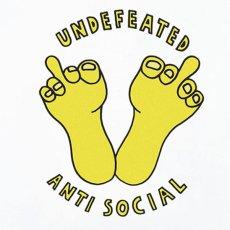 画像4: × Undefeated Logo S/S Tee アンディフィーテッド 半袖 Tシャツ White assc (4)