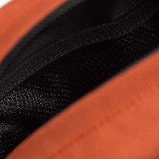 画像10: Payton Shoulder Pouch ペイトン ショルダー ポーチ Black Deep Lagoon Navy Hokkaido Orange ブラック ネイビー オレンジ (10)