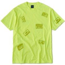 画像1: Oldies S/S Tee 半袖 総柄 オールディーズ Cassette Tape カセット テープ Tシャツ Neon Yellow (1)