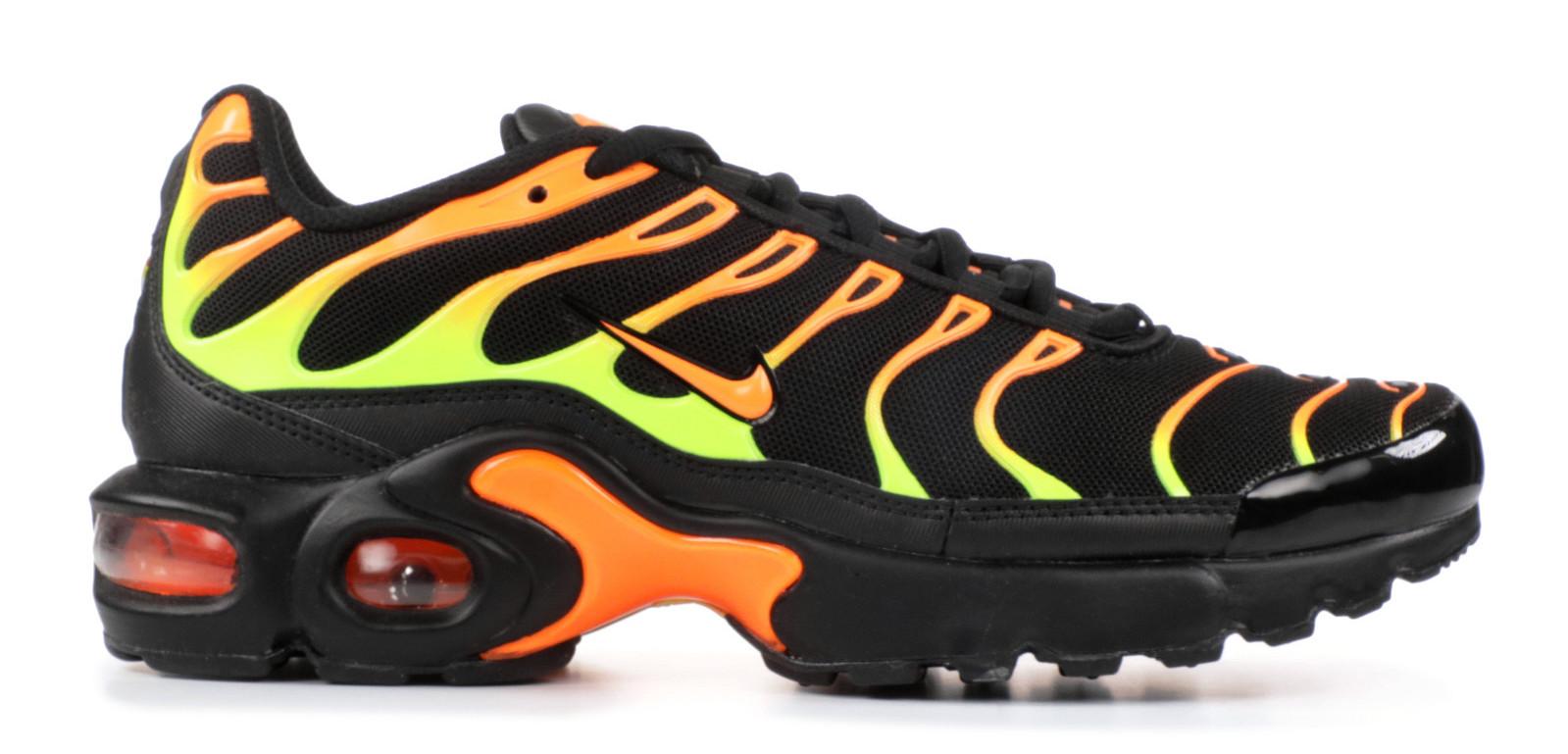 Nike(ナイキ) Air Max Plus Black Volt