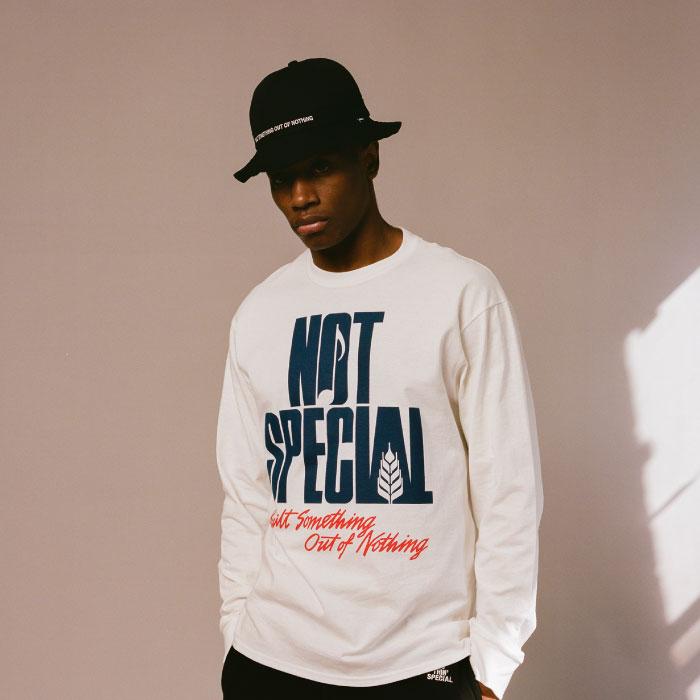 画像1: The World L/S Tee ロゴ 長袖 Tシャツ ワールド White ホワイト (1)